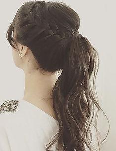 Прически на длинные тонкие волосы #22