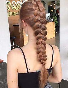 Прически на длинные тонкие волосы #38