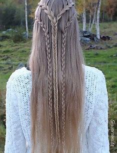 Прически на длинные тонкие волосы #48