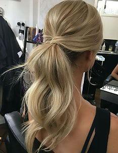 Прически на длинные тонкие волосы #60