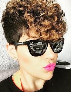 Стрижка пикси на вьющиеся волосы #31