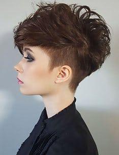 Стрижка пикси на вьющиеся волосы #68