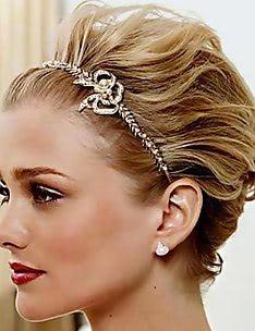 Свадебные прически на короткие волосы #11
