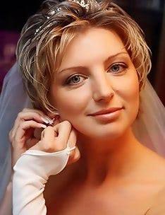 Свадебные прически на короткие волосы #15