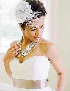 Свадебные прически на короткие волосы #18