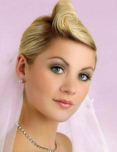 Свадебные прически на короткие волосы #21