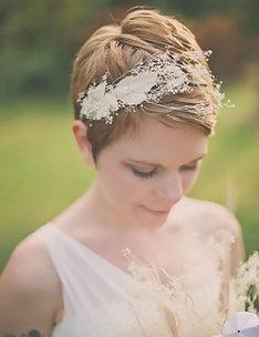 Свадебные прически на короткие волосы #35