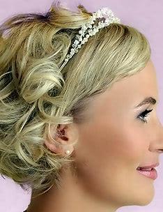 Свадебные прически на короткие волосы #38