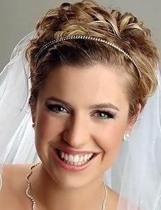 Свадебные прически на короткие волосы #42