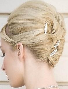 Свадебные прически на короткие волосы #43